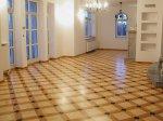 Salon, parkiet pałacowy Ambasador